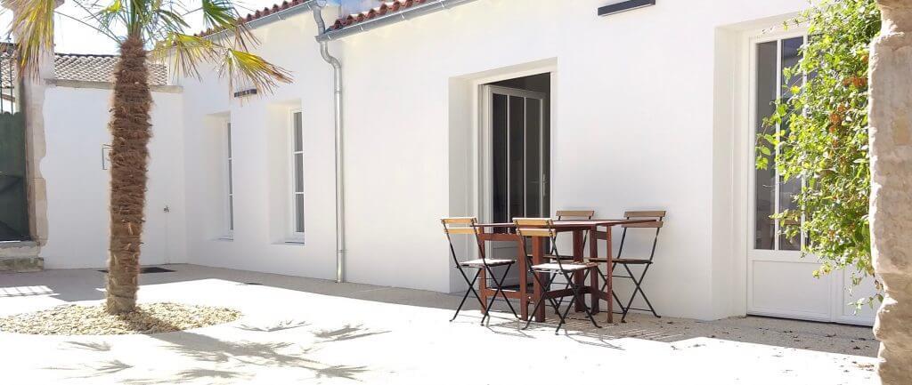terrasse exterieur du gîte le pavillon