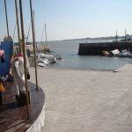 bord de mer pavé permettant aux personnes en situation de handicap de se deplacer aisément